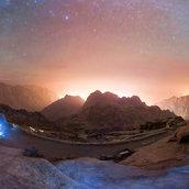 Midnight on the top of Mount Sinai(Egypt)
